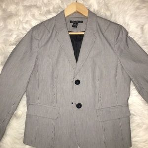 Kenneth Cole Striped Suit Size 6 Blazer-M slacks